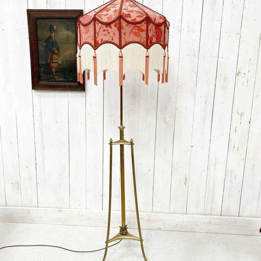 Arts and Crafts Telescopic Floor Lamp